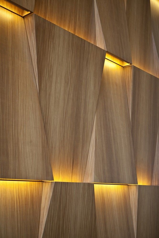 PARED-LUCES-MADERA